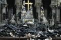 CRONACA: La procura esclude un atto doloso a Notre-Dame. Macron promette la ricostruzione in cinque anni. Donati oltre 600 milioni